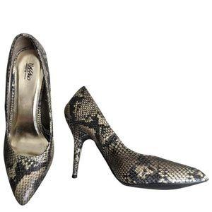 Mossimo Snake Print Heels Size 7.5
